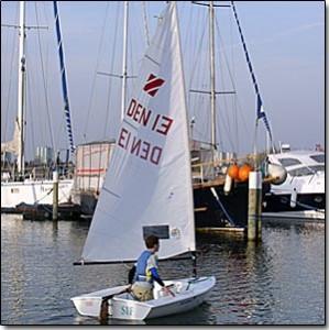 Junior sejler